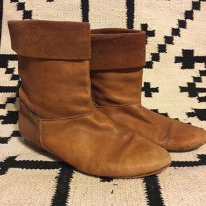 Vintage Peter Pan boots